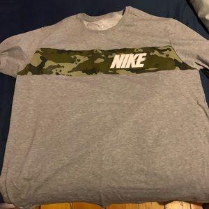 Nike Dri fit tshirt grey/camo